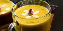 طرز تهیه کاچی خوشمزه با شیر برای تقویت بدن خانم ها
