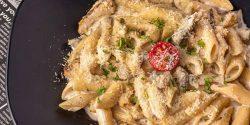 طرز تهیه پاستا پنه آلفردو خوشمزه و رستورانی با مرغ و پنیر